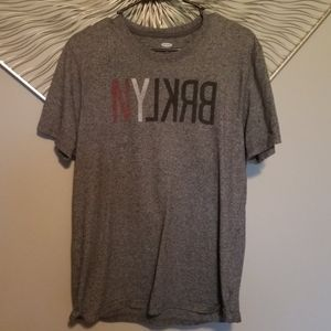 Old Navy tshirt size large
